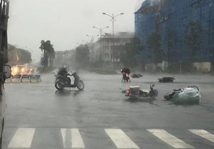 Một người chết, 5 người bị thương do bão số 1