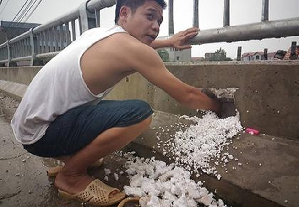 """Sở GTVT Hà Nội: """"Không dùng xốp độn bê tông để ăn bớt vật liệu"""""""