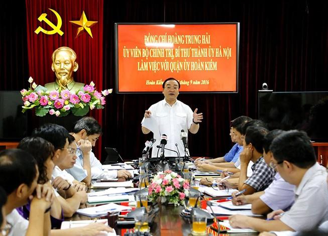 Bí thư Hà Nội: Vé xe 500 ngàn, lãnh đạo phường có biết?