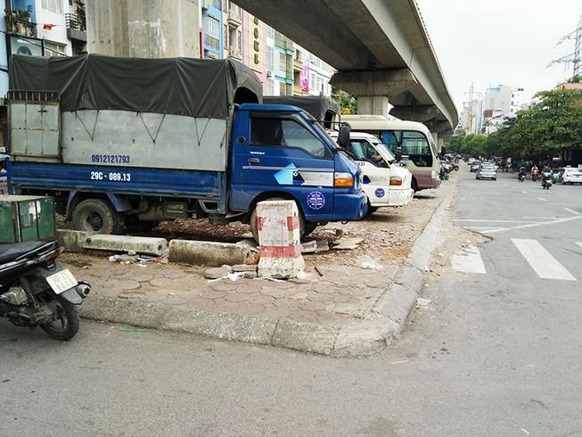 Bí thư Hà Nội: Làm rõ vụ dùng dao 'trấn' tiền giữ xe
