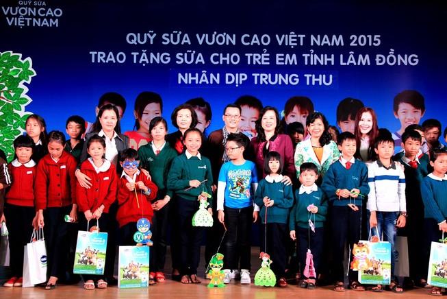Mang niềm vui đến với trẻ em Lâm Đồng