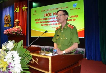 Tướng công an chia sẻ về nạn phụ nữ sang Campuchia đánh bạc