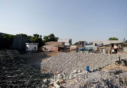 Nhiều nhà bị nứt do ảnh hưởng dự án Ba Bò