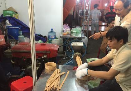 Nhiều chương trình ưu đãi tại Hội chợ hàng Việt quận Tân Bình