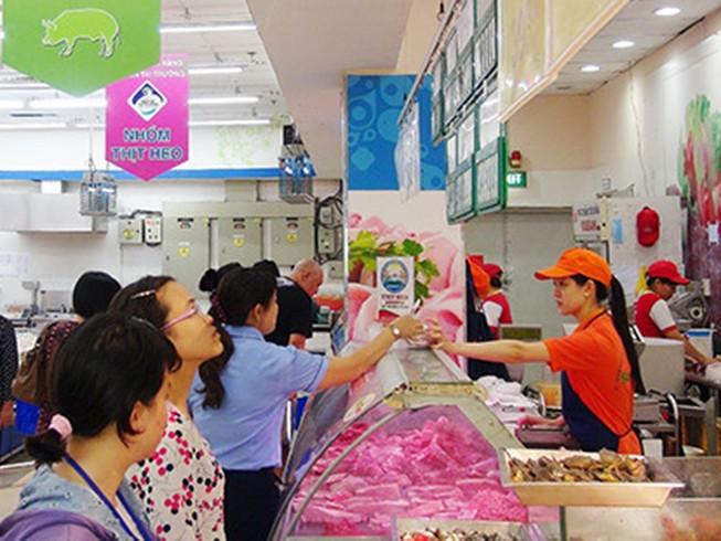 Thịt heo bình ổn giảm 4.000 đồng/kg