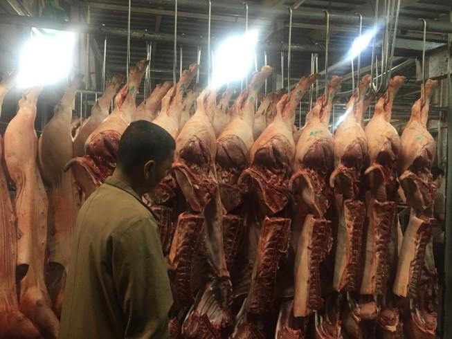 Bêu tên người bán thịt heo không rõ 'lai lịch'