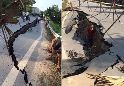 Kinh hoàng quốc lộ nứt toác, sụt sâu 1,5 m