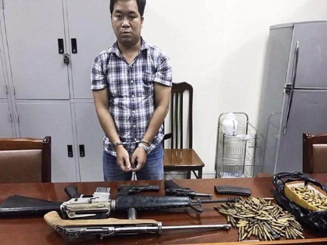 Bắt 'trùm' vũ khí cùng 4 khẩu súng và 300 viên đạn