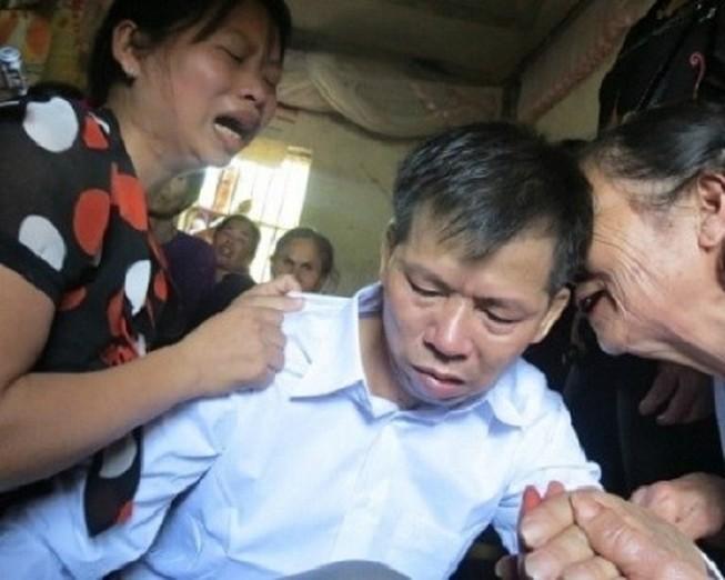 Mở lại phiên xử 2 cán bộ điều tra làm oan ông Chấn
