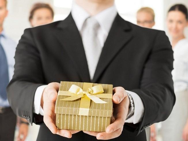 'Không có trường hợp nào tặng, nhận quà sai quy định'