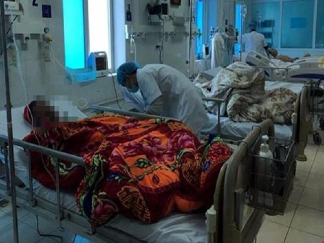 Thêm 1 người tử vong trong vụ ngộ độc rượu tại Lai Châu