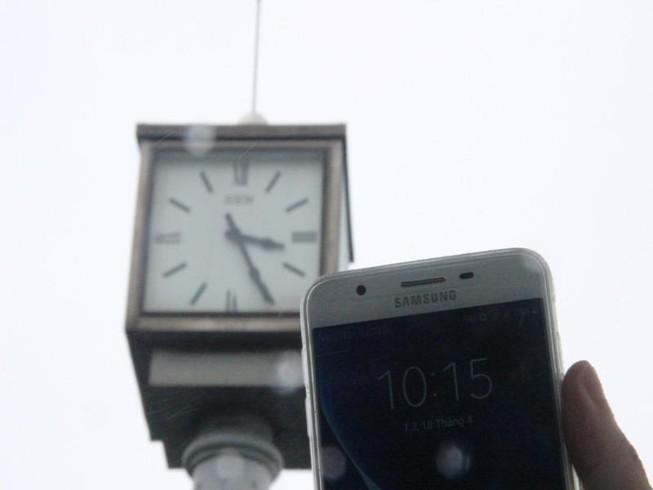 Đồng hồ 'khủng' kỷ niệm 1.000 năm Thăng Long bị hỏng