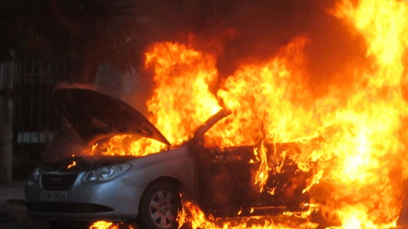 Những nguyên nhân gây dễ gây cháy xe ô tô