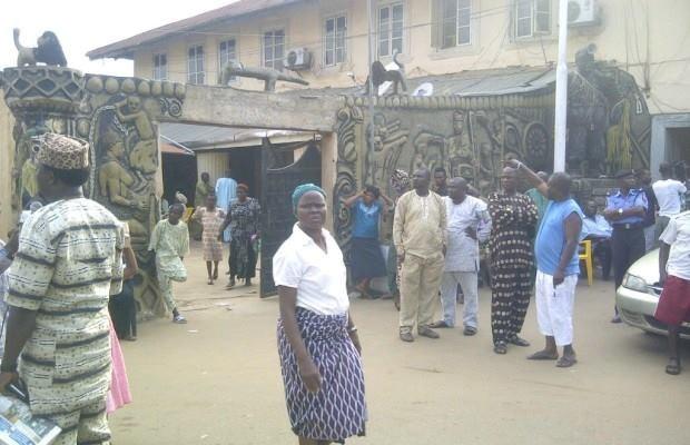Bệnh lạ gây tử vong chỉ sau 24 giờ bùng phát hàng loạt tại Nigeria