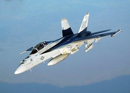 F-35 lỡ hẹn, 'vũ khí thần chết' F/A-18 tiếp tục lên ngôi