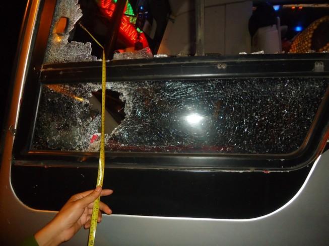 Phó Thủ tướng yêu cầu xử nghiêm đối tượng ném đá xe khách