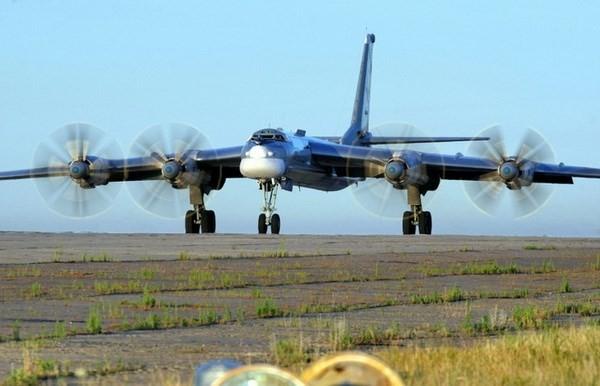 Máy bay ném bom của Nga rơi do 3 động cơ ngừng hoạt động