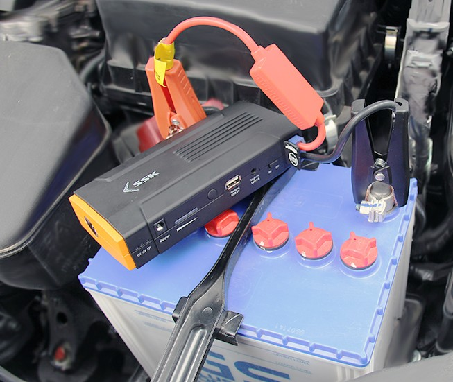 Kinh nghiệm khắc phục ô tô bị hết điện ắc quy