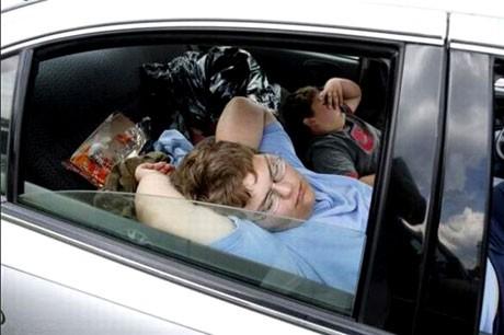 Mệt mỏi khi lái xe ô tô: Nguy hiểm chết người