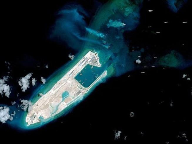 Báo Anh: Mỹ và Trung Quốc có nguy cơ va chạm ở biển Đông