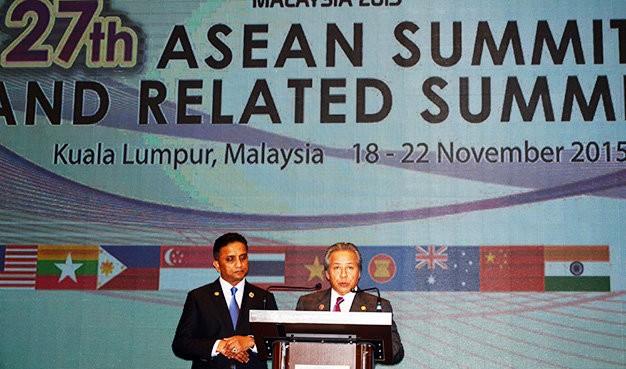 Các ngoại trưởng ASEAN lại 'cực kỳ quan ngại' về biển Đông