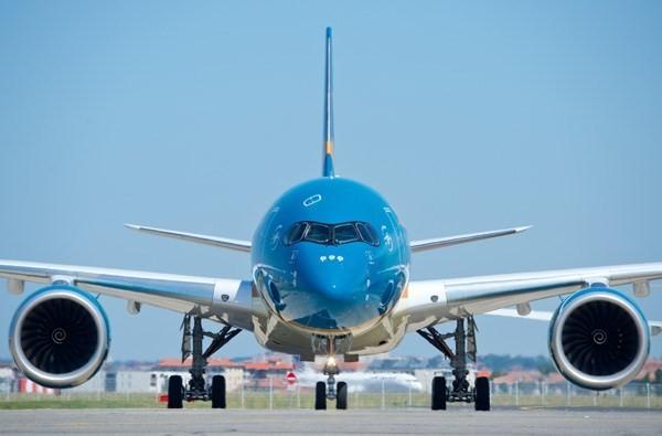 Siêu máy bay A350 gặp sự cố phải quay lại sân bay Nội Bài