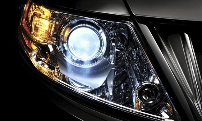 Tìm hiểu cách bảo dưỡng và chăm sóc đèn pha ô tô