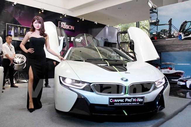 Hàng loạt xế sang hội tụ tại triển lãm BMW World Vietnam 2016