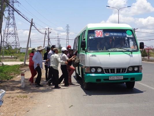Tăng chuyến, kéo dài giờ chạy xe buýt ở huyện Cần Giờ