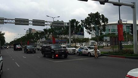 Rời Hà Nội, Tổng thống Obama vào TP.HCM