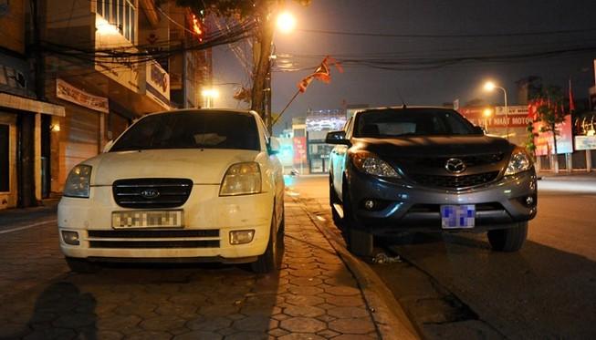 Mức xử phạt hành vi đỗ xe dưới lòng đường trái quy định