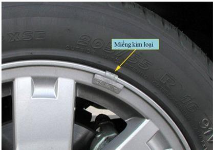 Cân bằng lốp để chữa bệnh ôtô rung