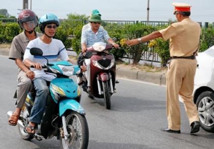Khi nào CSGT được quyền dừng phương tiện để kiểm tra?