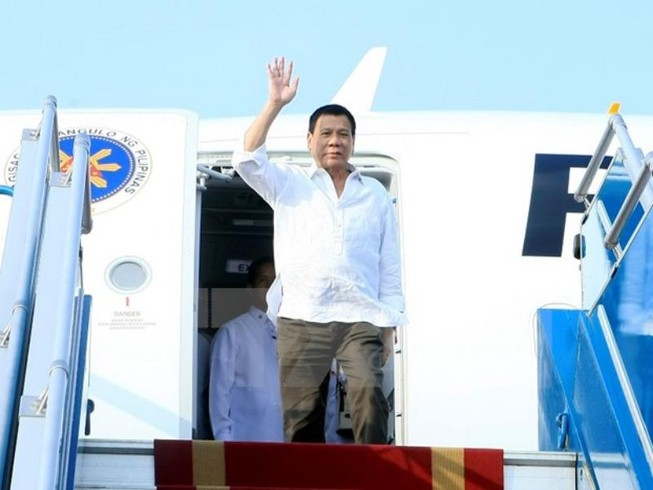 Tổng thống Philippines Duterte đã đến Hà Nội