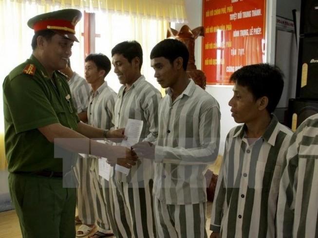Chủ tịch nước Trần Đại Quang ký quyết định về đặc xá