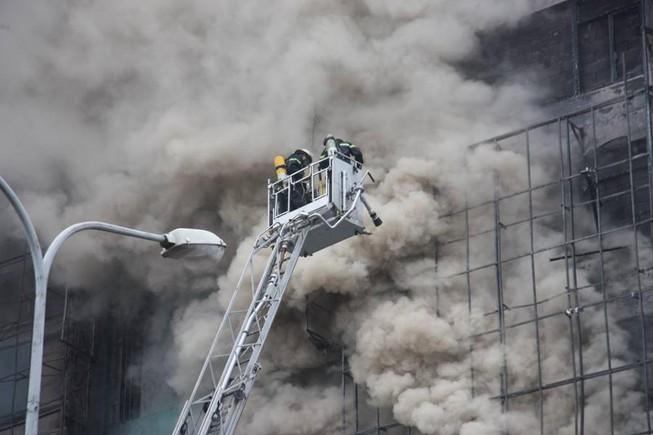 Thi thể nạn nhân vụ cháy quán karaoke để ở BV 198
