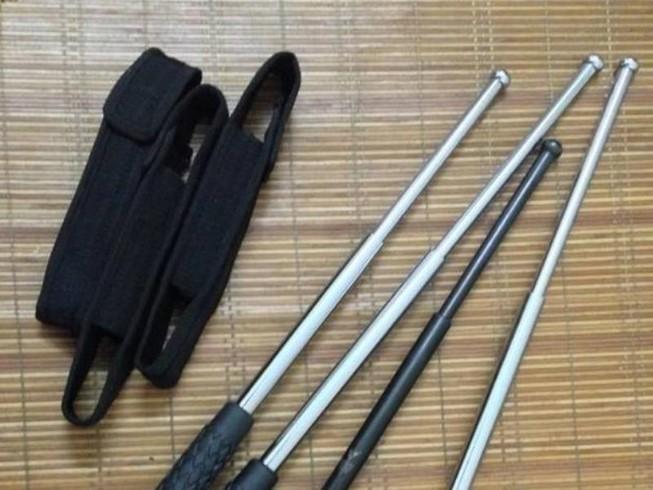 Mang vũ khí thô sơ phòng thân có bị phạt?