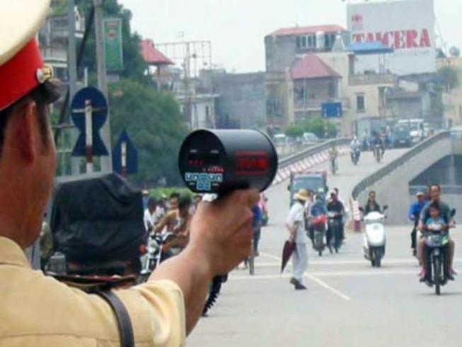 Các mức phạt xe mô tô chạy quá tốc độ cho phép