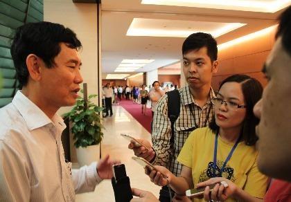 Bớt xén tiền hỗ trợ của ngư dân Quảng Bình, xử thế nào?