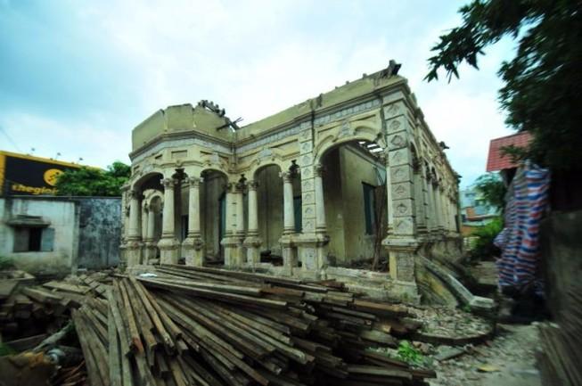 Sẽ cải tạo nguyên dáng căn biệt thự 237 Nơ Trang Long