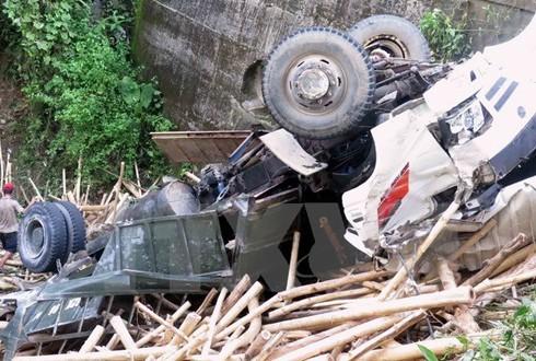 Phó Thủ tướng yêu cầu điều tra nguyên nhân tai nạn làm bốn người chết