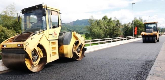 Không có chuyện xin - cho trong bảo trì đường bộ