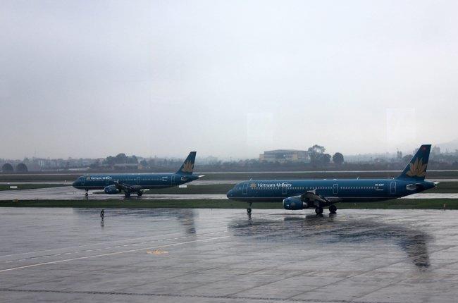 Điều chỉnh 40 chuyến bay đi và đến Nội Bài