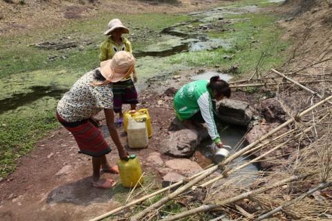 Hàng nghìn người chết liên quan đến nguồn nước