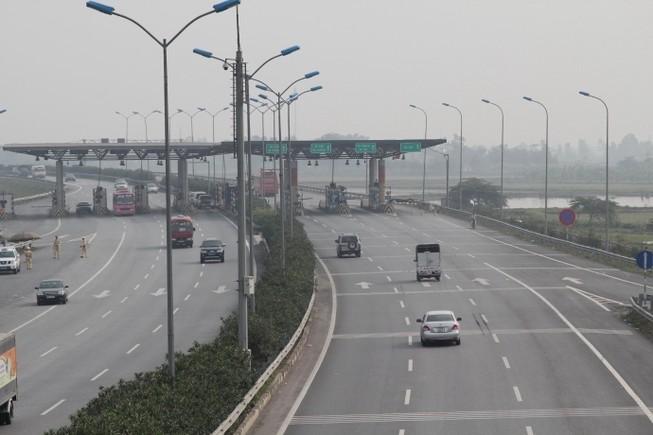 Sau chỉ đạo của Thủ tướng, VEC hoãn tăng phí cao tốc