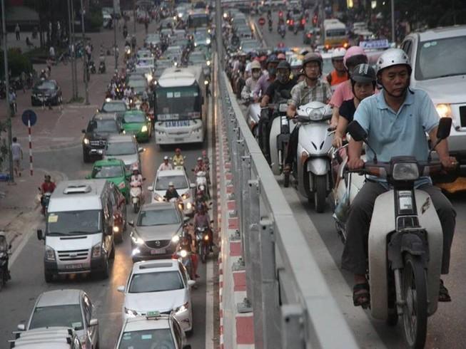 'Hạn chế xe ngoại tỉnh là học từ Trung Quốc'