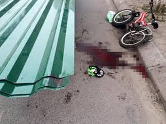 Sau vụ bé trai bị tôn cứa cổ, siết chặt xe thô sơ