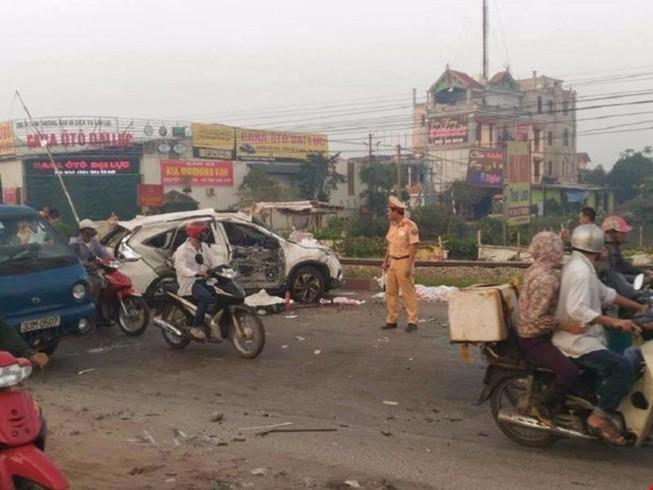 Phó Thủ tướng yêu cầu điều tra tai nạn làm 5 người chết