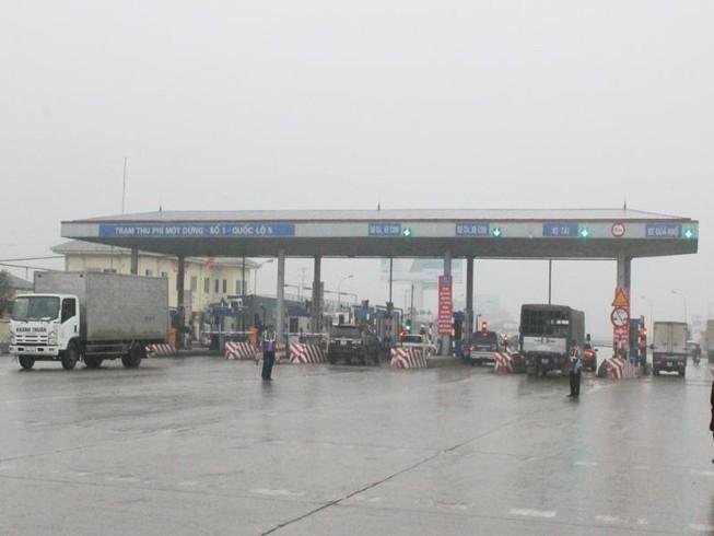 Kiến nghị giảm bớt các trạm thu phí giao thông
