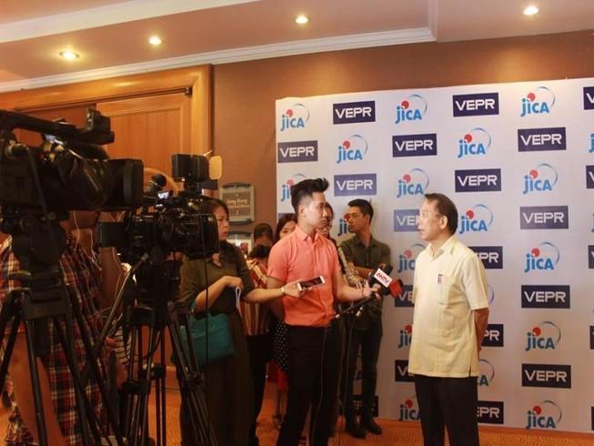Lương công nhân không đủ sống sao so sánh với Thái Lan